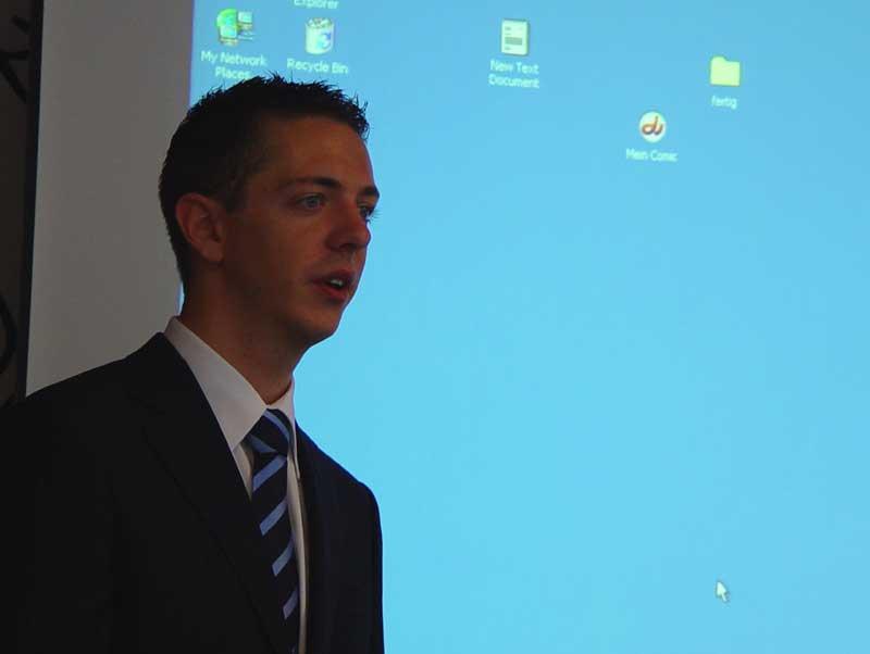 Aan het eind van zijn presentatie