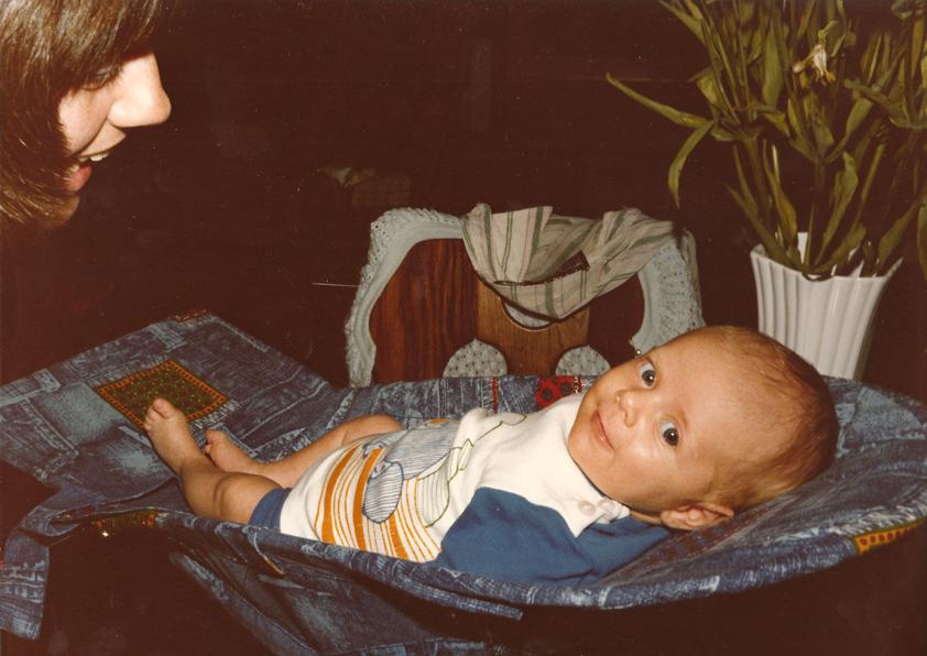 Matthijs, nog geen 2 maanden oud