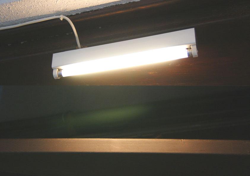 8 W TL verlicht trappenhuis