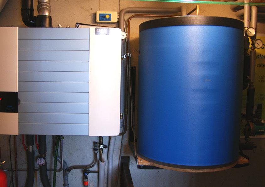 HR-combi-ketel, die gevoed wordt door warm water van zonnecollector