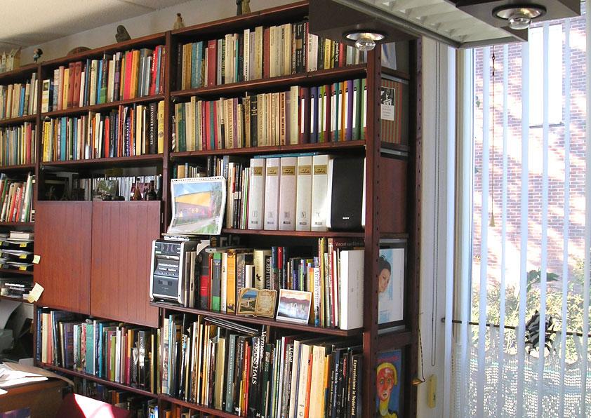 Boekenkast als binnen-isolatie