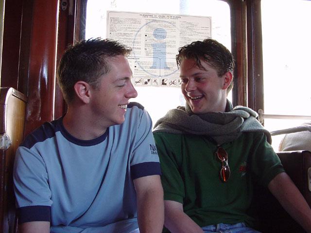 In de tram naar Budapest