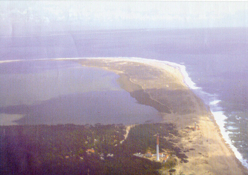 De baai bij La Palmyre, de camping en het strand bij Phare de la Coubre