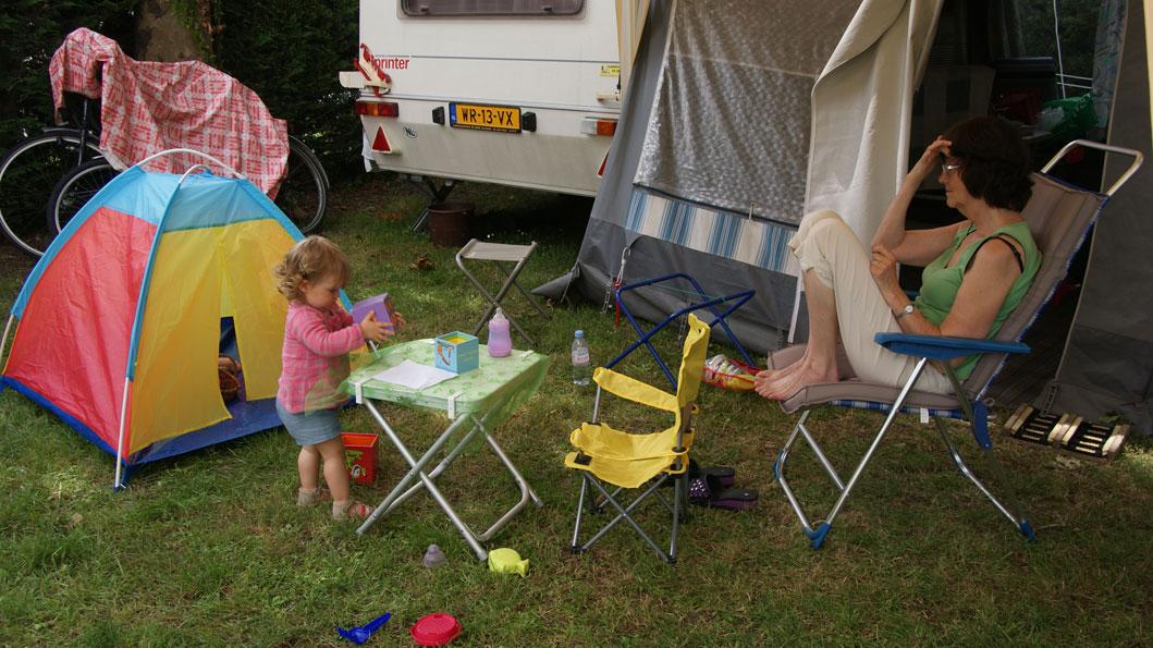 Louise bij ons op de camping